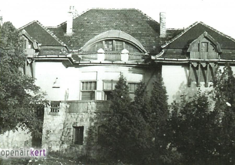 A Bozóky-villa főhomlokzata az 1940-es években