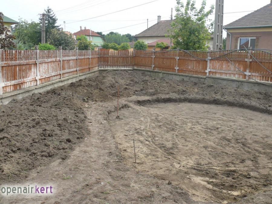 A kertépítés folyamata - Csepel - tereprendezés